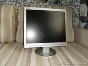 продам жк-монитор phillips 170s  17