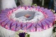Здесь Вы можете заказать красивые свадебные аксессуары,  на любой вкус.