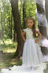 Нарядное,  новое детское платье